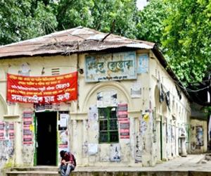 Madhur Canteen, Dhaka University