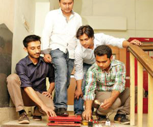 AIUB students invented Piezoelectricity