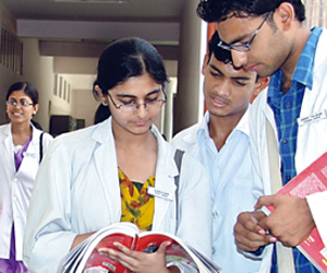 Get admitted in Medical College