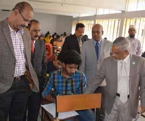 হাবিপ্রবি'র 'এ' ও 'ই পরীক্ষা চলছে